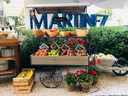 """Hôtel Martinez à cannes - petit déjeuner d'inspiration """"marché provençal"""" © Hôtel Martinez"""